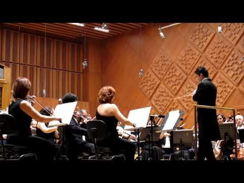 """Şef Burak Tüzün- Konzertmeister Menevşe Aydoğdu, CSO , Georgy Sviridov """" Kar Fırtınası """""""