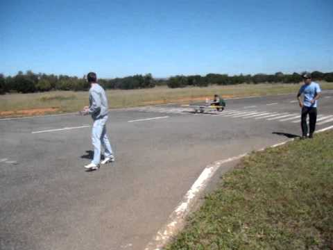"Draco Volans Aerodesign UnB -  2012 ""Morcegão"""