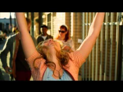 Lemonade mouth: Somebody - Video Musical
