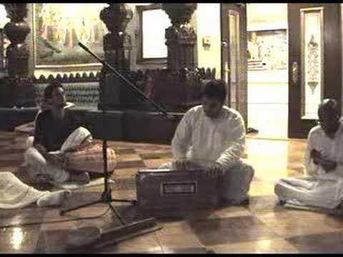 Bhajan sung by Amala Kirtan Prabhu