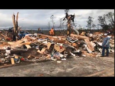 RAW VIDEO: Tornado damage in Beauregard, Alabama