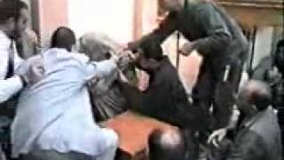 Der Todesengel nahm seine seele  in der Moschee.Allahu Akbar
