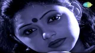 Hridayer E Kul O Kul Du Kul Bhese | Rabindra Sangeet | Suchitra Mitra