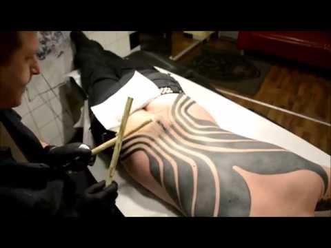 5. micronesian tattoo  ( flyertattoo.at )