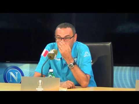 """IAMNAPLES.IT - Sarri: """"Valdifiori è in difficoltà fisica. Maradona? Onorato già che mi conosca''"""