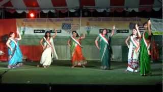 Suno Gaur Se Duniya Walo (Hindustani) (Dance)*