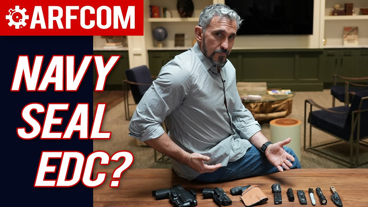 What Does a Navy Seal Every Day Carry?