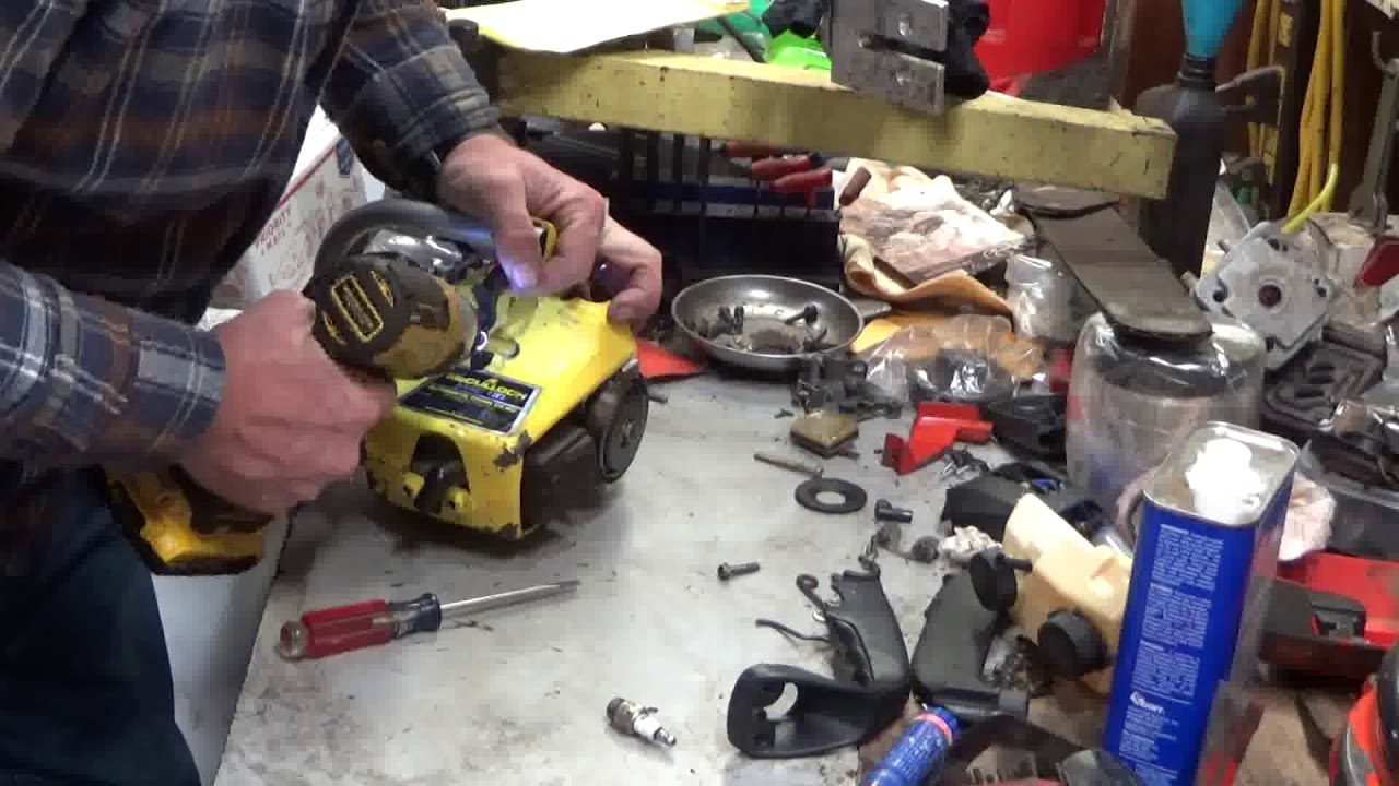 McCulloch 110 Chainsaw Assembly (not as bad as you think!)