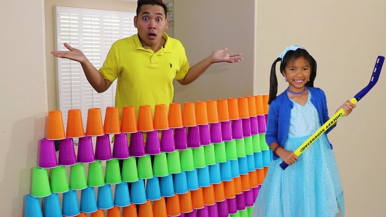 Wendy Pretend Play Stacking Game With Giant Cup Wall Youtube