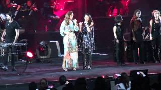 Laura Pausini & Ivete Sangalo at New York