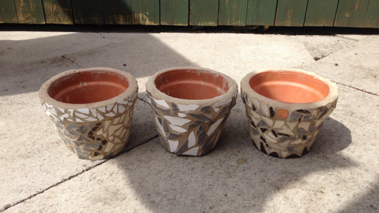 Crea degli economici vasi in mosaico fai da te creazioni for Fai da te creazioni