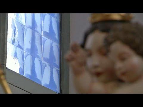 شاهد: كنيسة ألمانية نوافذها قطعة فنية صممت من صور الأشعة السينية كرمز بين الصحة والمرض…  - نشر قبل 4 ساعة