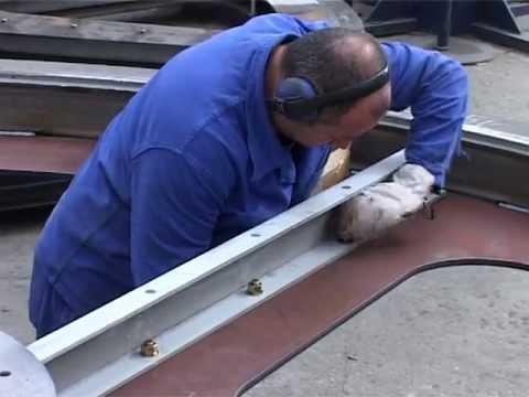 Fabrication d'un pneu MICHELIN 3/7из YouTube · Длительность: 52 с