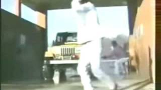 Idiot At The Car Wash Gets Knocked Out