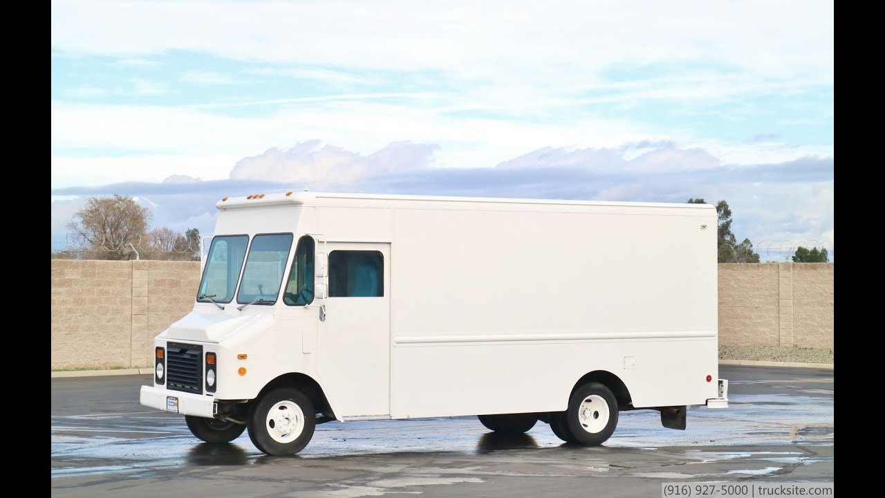 1995 Gmc P30 Grumman 15 Step Van Youtube