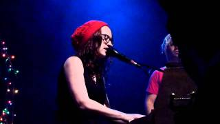 Ingrid Michaelson - untitled song + Snowfall Kind of Love live at Highline Ballroom, NYC [4-05/21]