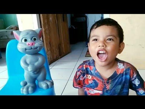 Zefa Vs Tom ❤ Funny Video For Kids