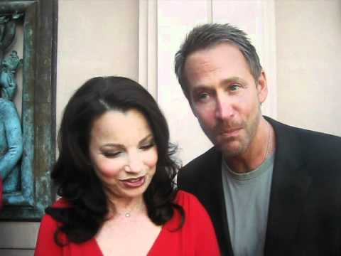 Fran Drescher Sings the Theme Songs to The Nanny and Happily Divorced for GLAMOUR!