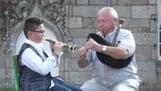 Concours biniou bombarde au Festival Fisel (Mélodie du couple Le Hetet/Le Hetet)