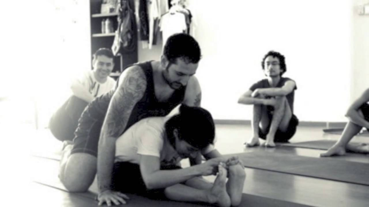 What Makes a Good Yoga Teacher?