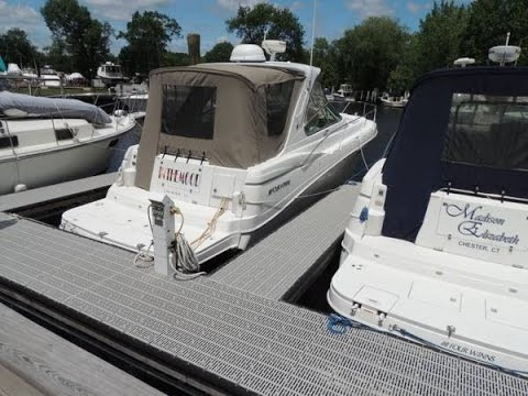 [UNAVAILABLE] Used 2004 Four Winns 378 Vista in Old Saybrook, Connecticut
