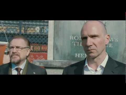 Coriolanus (2011) - Official Trailer 3 480p.mp4