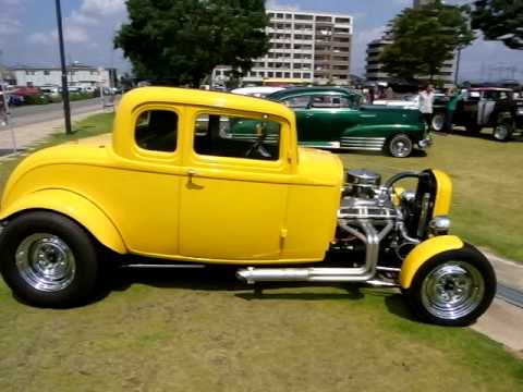 1932 ford 5 window coupe youtube for 1932 ford five window coupe for sale
