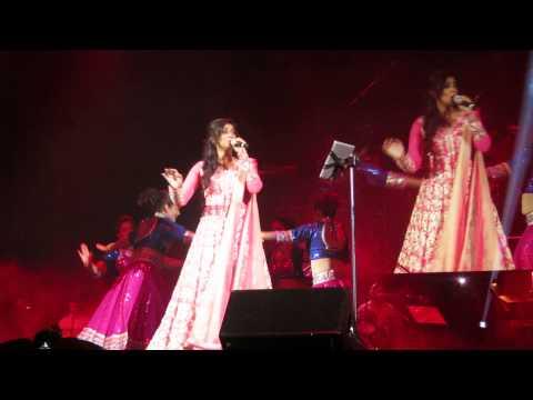 Shreya Ghoshal Live In Trenton, NJ - Nagada Sang Dhol - 8/23/14