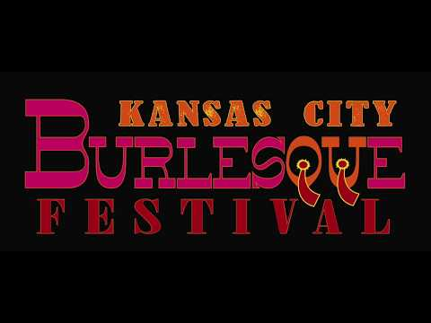 Lelu Lenore {Philadelphia, PA) performs at the 2017 Kansas City Burlesque Festival