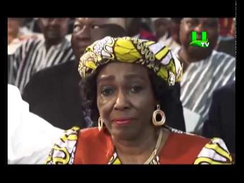 Prez Akufo-Addo swears in new Chief Justice