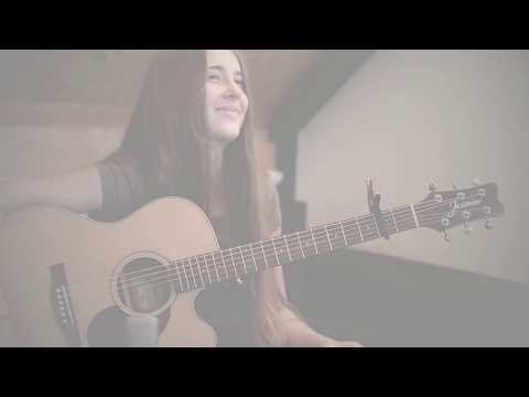 Iza Kupiec  - Santa Claus Is Coming To Town - Christmas song - Guitar cover - Fingerstyle