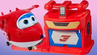 Vidéo pour enfants de voitures et avions: la base de Super Wings