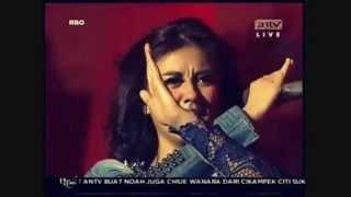 Video (Video Mundur) Agnes Monica Feat Chloe X Flying High Viva La Vida ANTV 2013 download MP3, 3GP, MP4, WEBM, AVI, FLV Juli 2018