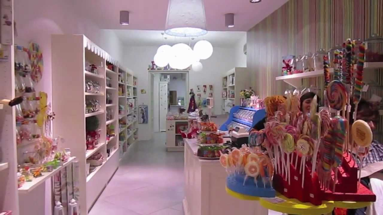 Froufrou italia caramelle giocattoli youtube for Negozi di arredamento toscana