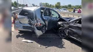 Top News - Një grua humb jetën/ Aksidenti bllokon autostradën