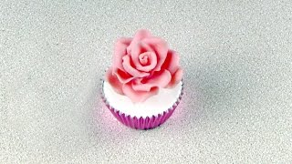 60 Second Video .: How to Make Candy Rose using Modelling Paste