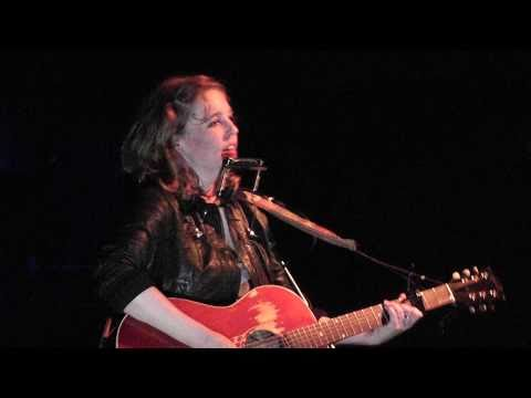 Tift Merritt - Supposed To Make You Happy (unplugged) || live @ Doornroosje Nijmegen || 08-04-2011