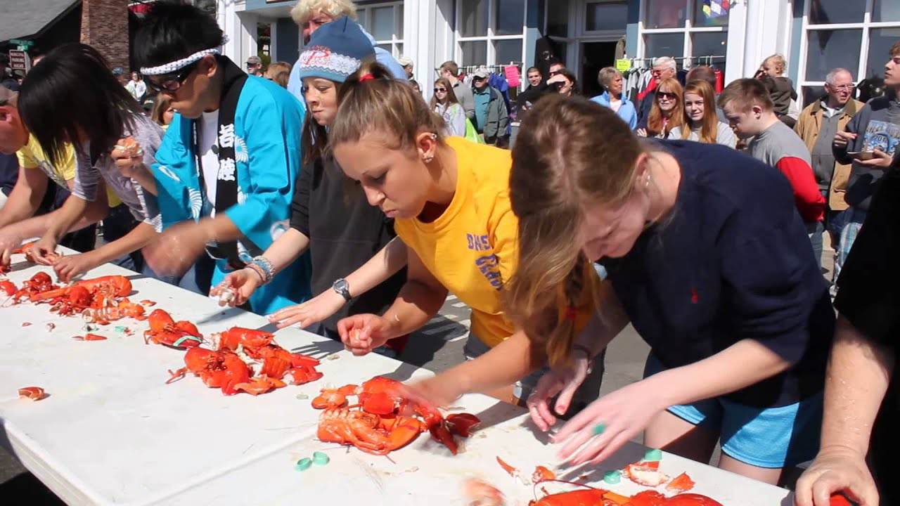 Fishermen's Festival 2013: Lobster eating competition - YouTube