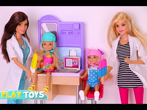 Barbie Doctor ice cream treats saves twins dolls Annabel & Chelsea from horse accident in the park