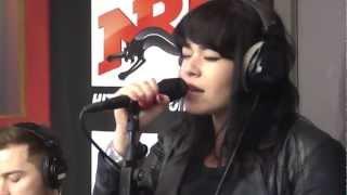 Alex Hepburn - Under en live acoustique sur NRJ