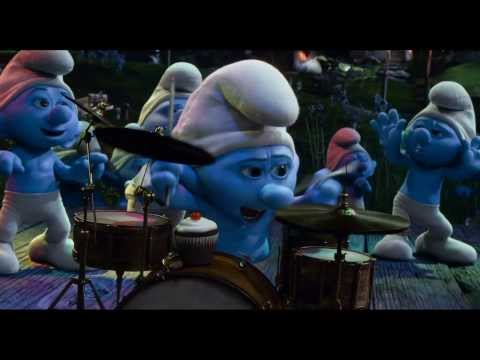 THE SMURFS 2 - Britney Spears 'Ooh La La' Song Montage Video