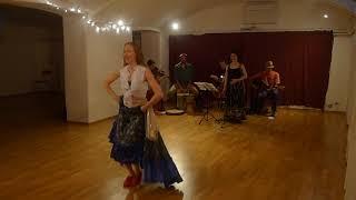 Victoria Ivanova con la cantante  Margherita Abita e Baba Mara