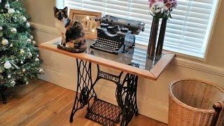 DIY Singer Sewing Machine, Oak And Glass Side Table....................... DSNERV