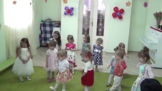 Танец в подарок мамам и бабушкам