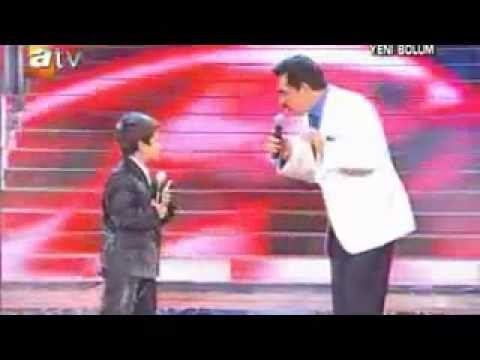Iranian Kid singing in Turkish amazing voice feat  Kurdish Star Ibrahim tatlises