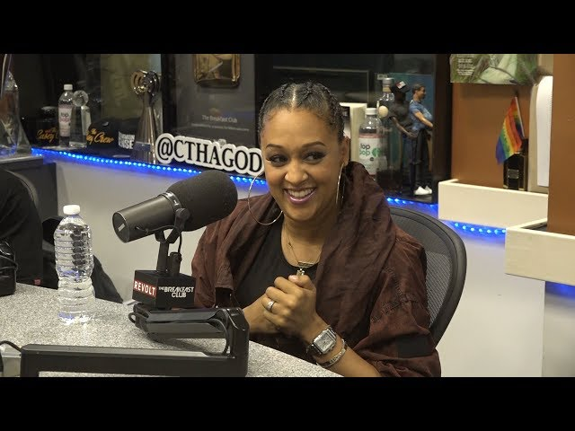 Tia Mowry On Growing Up A Twin, Non-Traditional Parenting, New Series Family Reunion + More