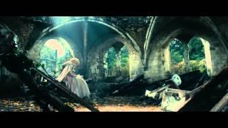 Дивитися онлайн У темному темному лісі  (2014) трейлер українською, фільми в хорошій яксоті