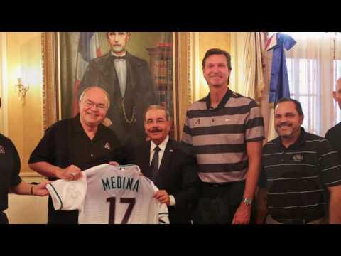 RANDY JOHNSON visita al presidente Danilo Medina