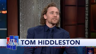 Download lagu Tom Hiddleston Warms Up For His Broadway Show By Playing Big Booty MP3