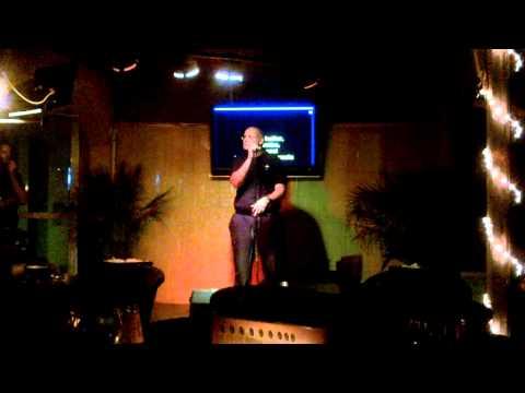 Paco Big apple Menorca La Bamba Karaoke